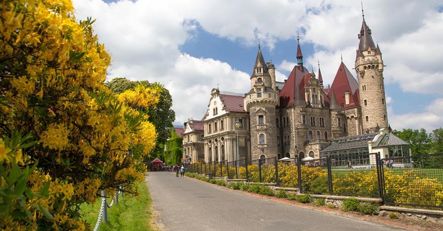 Zamek w Mosznej - zdjęcie