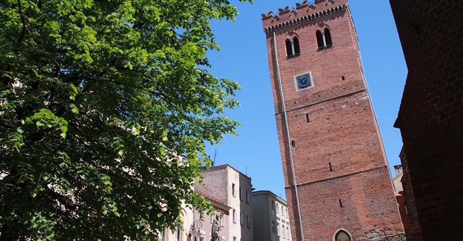 Krzywa Wieża w Ząbkowicach Śląskich - zdjęcie
