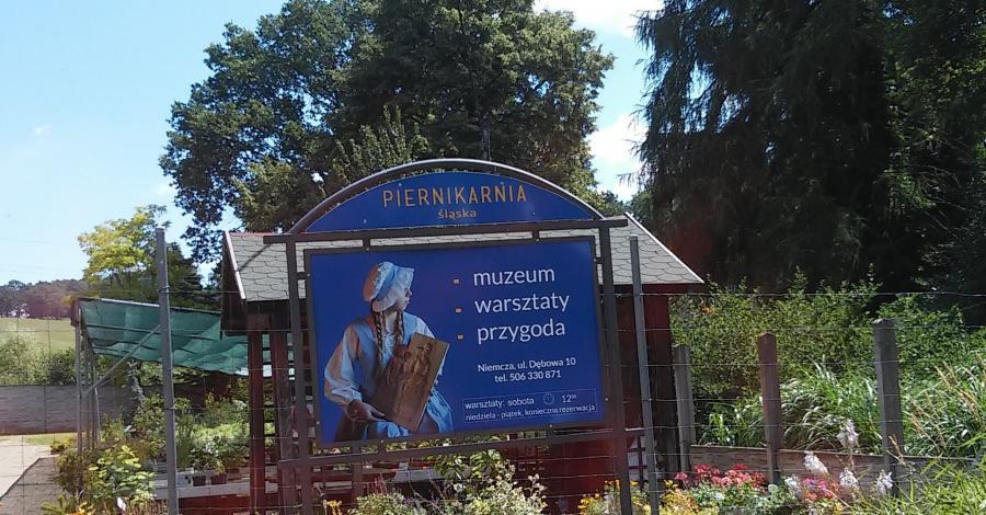 W Śląskiej Piernikarni w Niemczy i na Krzywej Wieży w Ząbkowicach - zdjęcie