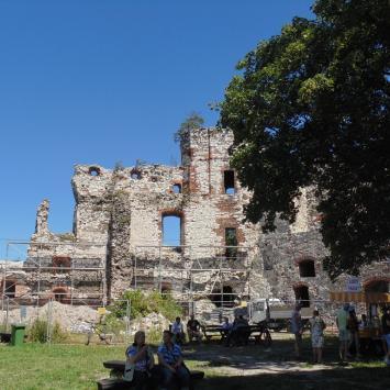 Zamek Tenczyn w Rudnie. - zdjęcie
