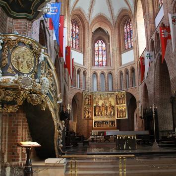 wnętrze Katedry w Poznaniu, Anna Piernikarczyk