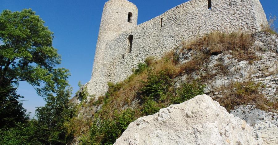 Zamek Pilcza w Smoleniu. - zdjęcie
