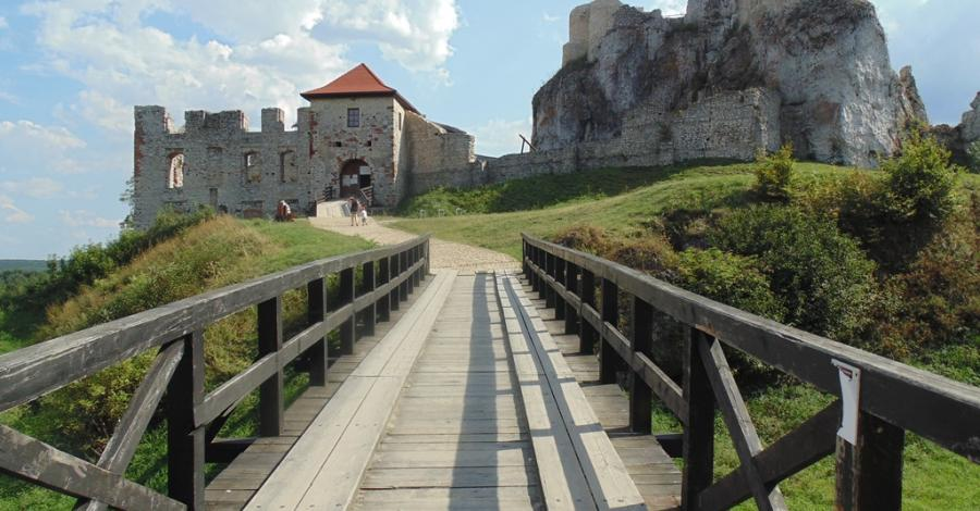 Zamek i chata Kocjana w Rabsztynie - zdjęcie
