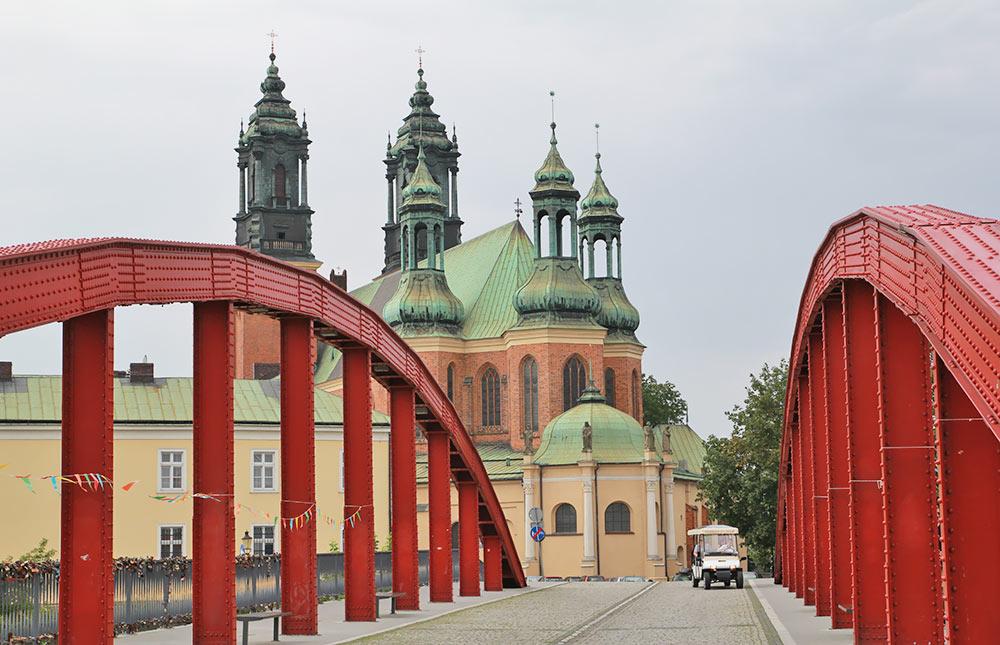 Katedra w Poznaniu z Mostu Jordana