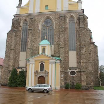 Pałac Marianny Orańskiej i Kościół Pocysterski