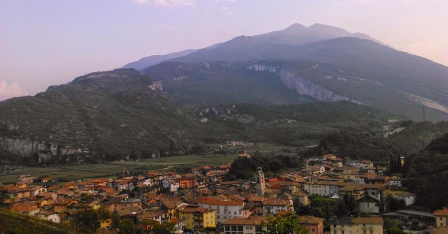 Arco i Jezioro Garda - zdjęcie