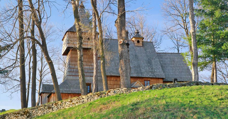 Drewniany kościół w Grywałdzie - zdjęcie