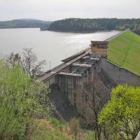 zapora na Jeziorze Dobczyckim