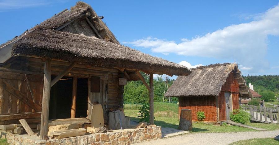 Świętokrzyskie: średniowieczna osada w Hucie Szklanej - zdjęcie