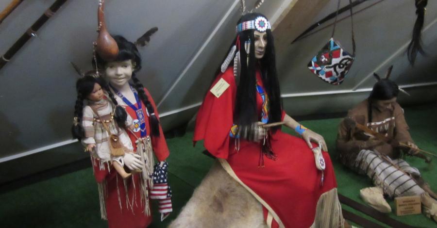 Muzeum Indian w Wymysłowie, marian