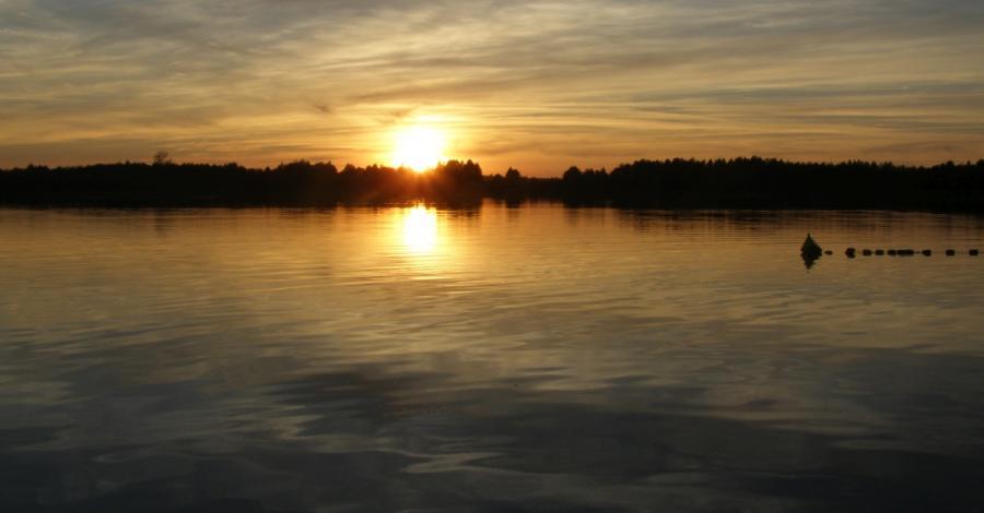 Zachody słońca nad jeziorem Rotcze, Joanna