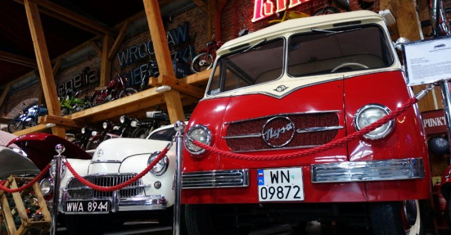 Topacz i Muzeum Motoryzacji, Anja
