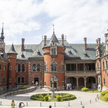 Industriada 2019 - Pałac w Pławniowicach