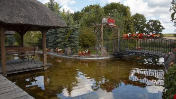 Mini zoo w Mostkach - zdjęcie