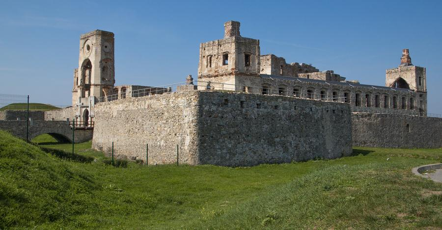 Na zamku bez stropów czyli magiczny Krzyżtopór - zdjęcie