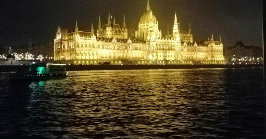 Budapeszt - Jarmark Bożonarodzeniowy - zdjęcie