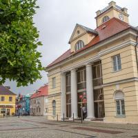 Rynek w Łęczycy - ratusz