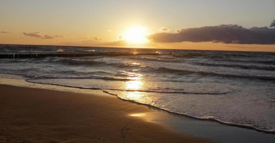 Sianożęty-wypoczynek nad morzem. - zdjęcie