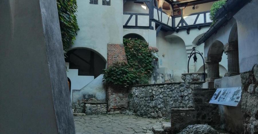 Rumunia-Zamek Drakuli Bran oraz zamek Peles - zdjęcie