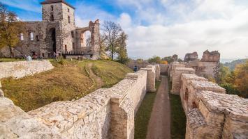 Jurajskie Szlaki Jesienne - ratujmy dziedzictwo - Zamek Tenczyn i Dolina Eliaszówki