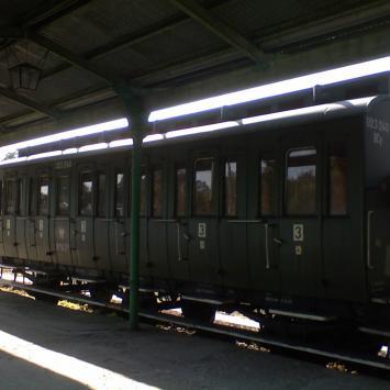 Chabówka - parowozy i stare wagony czyli raj dla niezrealizowanego motorniczego - zdjęcie